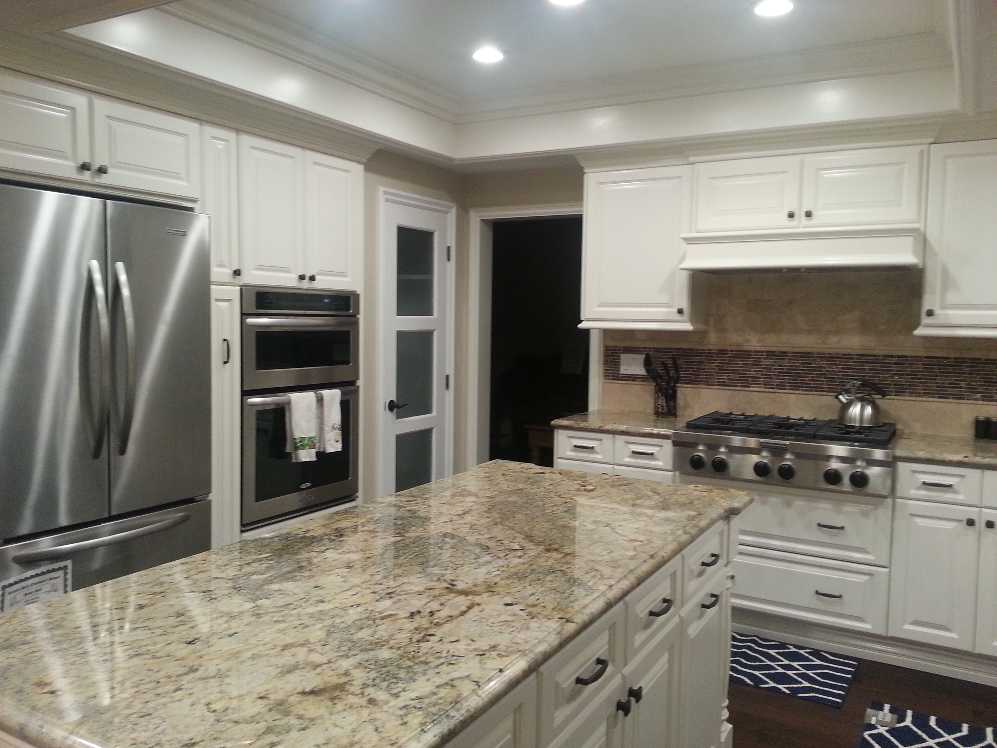 Kitchen Cabinets and Island in Anaheim Hills